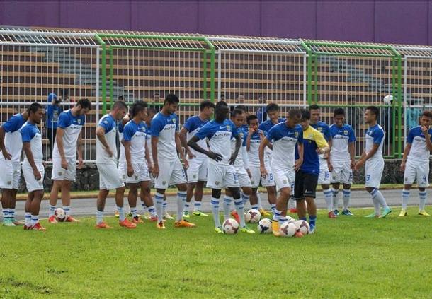 Persib Bandung Sekali Lagi Kedatangan Punggawa Asing