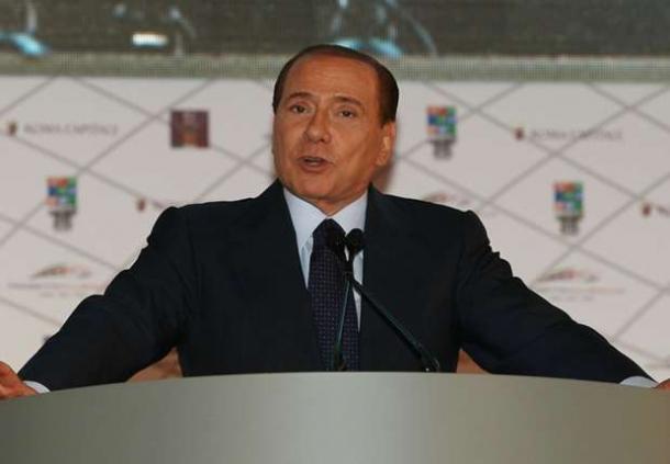 Milan Siap Menampung Tevez